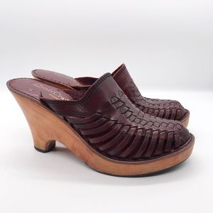 Vintage 1970's wooden leather clogs